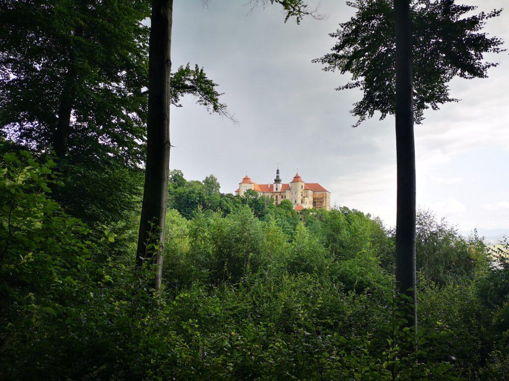 Zamek jezeri